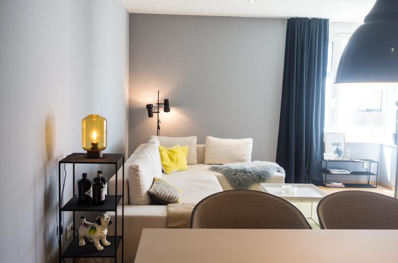 Kompletteinrichtung einer ferienwohnung for Wohnzimmer kompletteinrichtung